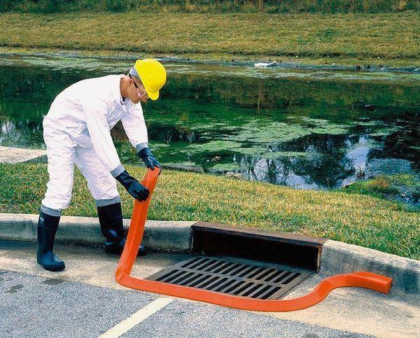 UltraTech Spill Berms,